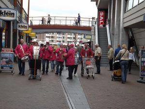 Optreden Winkelcentrum Meent Papendrecht 20-06-2015 006