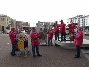 Optreden Winkelcentrum Meent Papendrecht 20-06-2015 014