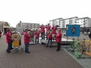 Optreden Winkelcentrum Meent Papendrecht 20-06-2015 015