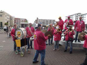 Optreden Winkelcentrum Meent Papendrecht 20-06-2015 017
