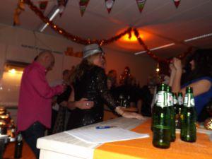 Verrassings Optreden Bij Orange Pearl 12-12-2014 040